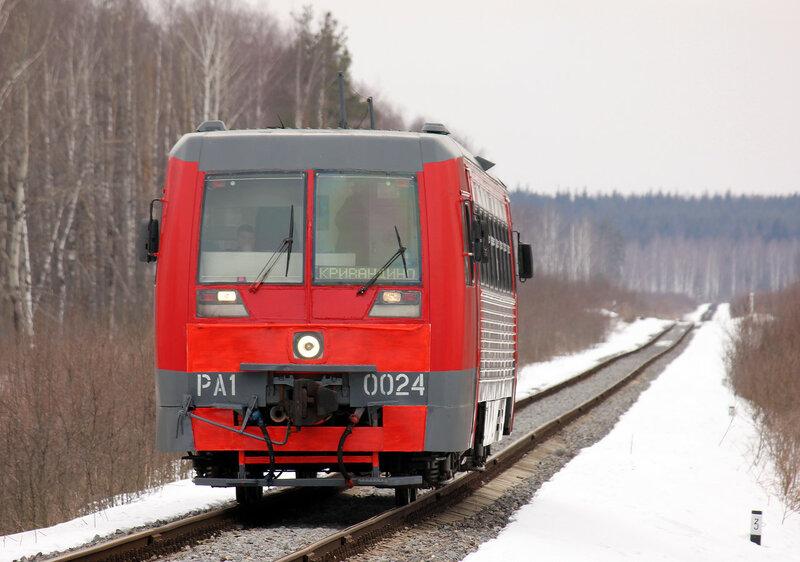 РА1-0024 пригородным поездом 6687 Рязановка - Кривандино