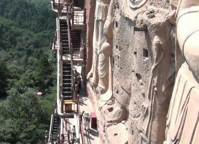 Пещеры Майцзишань. Китай
