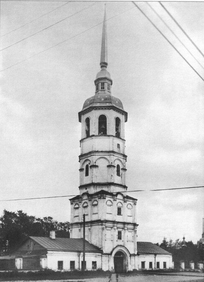Собор и колокольня. Вид с северо-запада