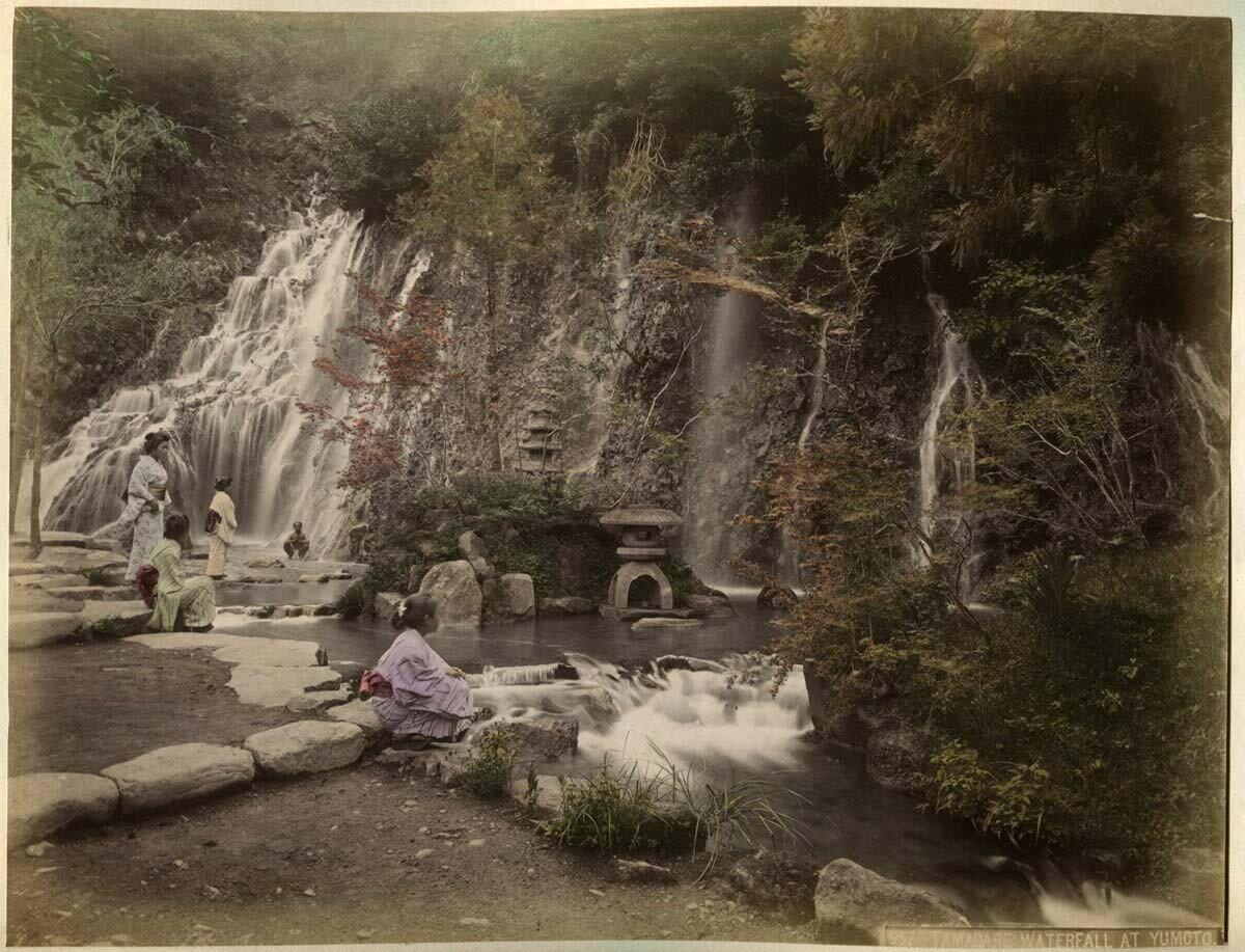 Ямото. Водопад Тамадаре