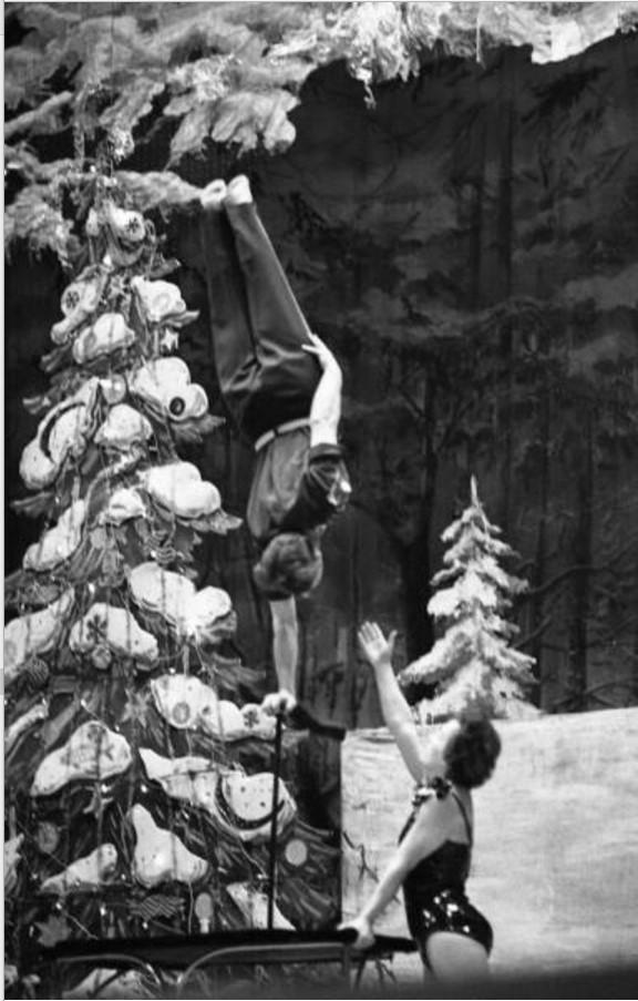 1960-е. Цирк. Эквилибристы Шубины