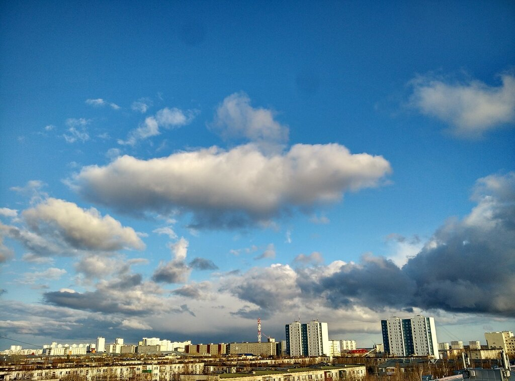 Весеннее небо Нижневартовска