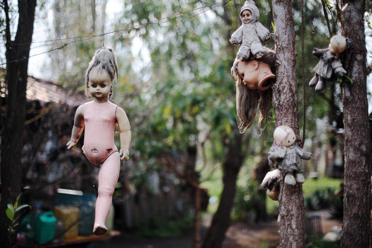 Дон Хулиан своим странным увлечением наводил страх на соседей.