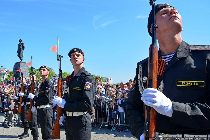 День Победы в Севастополе (30 фото)