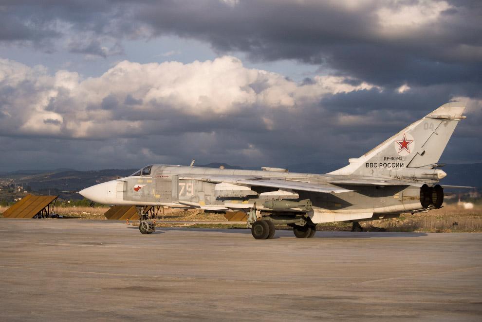 9. В ноябре 2015 года в районе проведения боевых действий авиационной группыбыла развернута сис