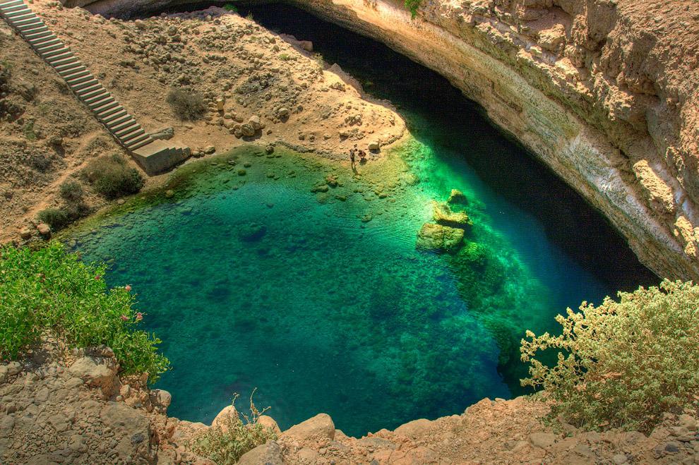 4. Глубина колодца Бимма составляет около 20 метров. Под водой находится туннель длиной 500 мет