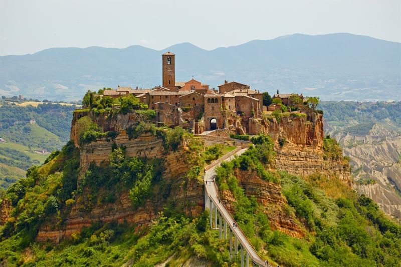 Самые красивые деревни Италии, Чивита ди Баньореджо