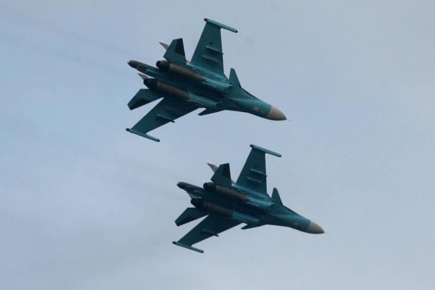 Истребители Су-27 провели стрельбы повоздушным мишеням вКалининградской области