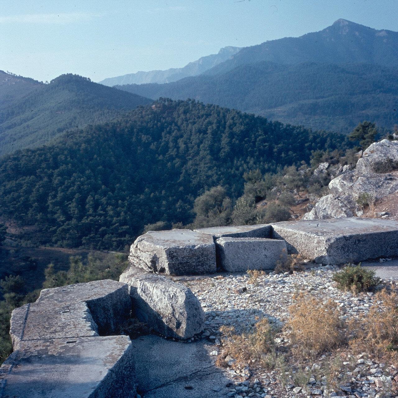 Тасос. Субструктура храма Афины