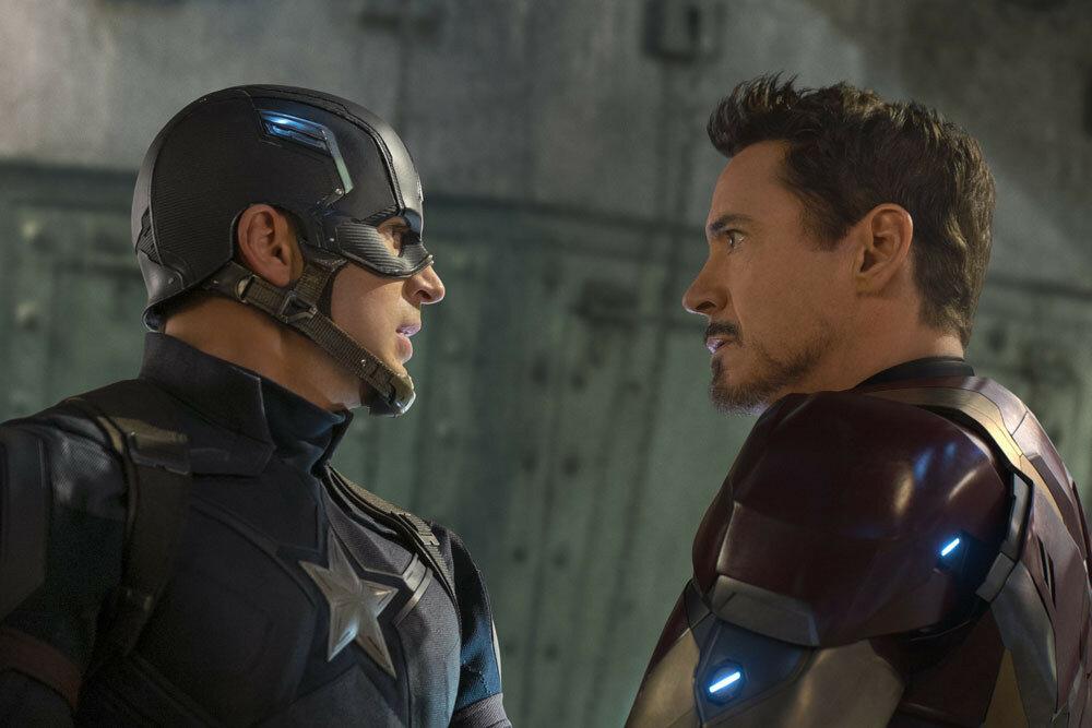 Captain America: Civil WarL to R: Captain America/Steve Rogers (Chris Evans) and Iron Man/Tony Stark (Robert Downey Jr.) Ph: Zade Rosenthal ©Marvel 2016
