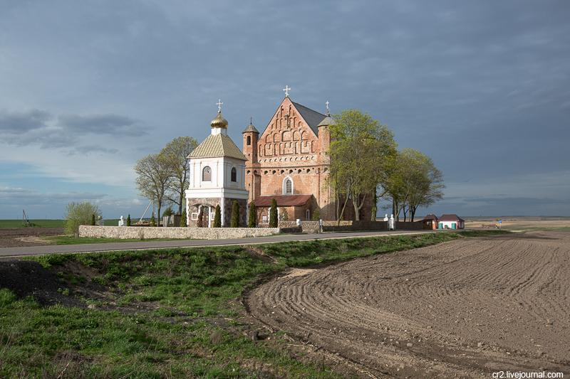 Беларусь. Церковь-крепость