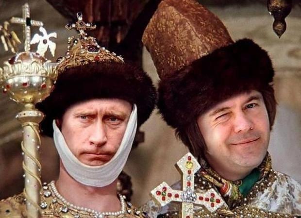 На панели зарабатывают еще больше: Медведев ответил нищим учителям, почему им платят в разы меньше чем силовикам (видео)