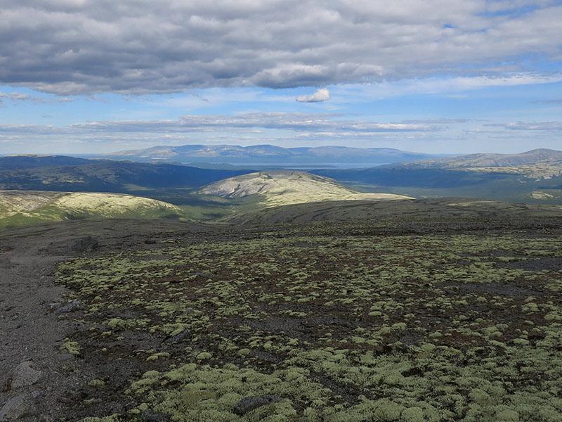 Вид на Умбозеро