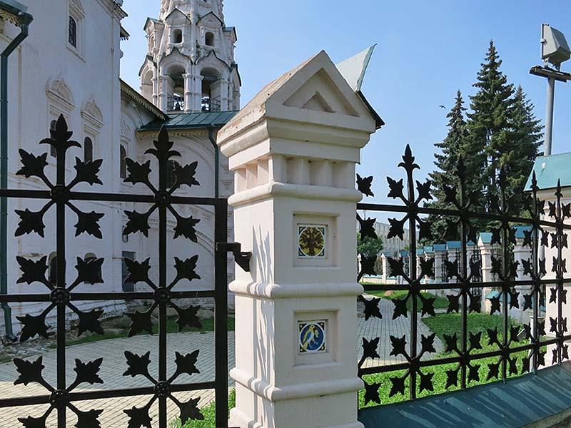 Ограда Ильинской церкви