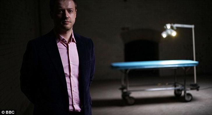 Интернет-магнат инвестировал миллионы в проект перехода человеческого сознания в роботизированные ав