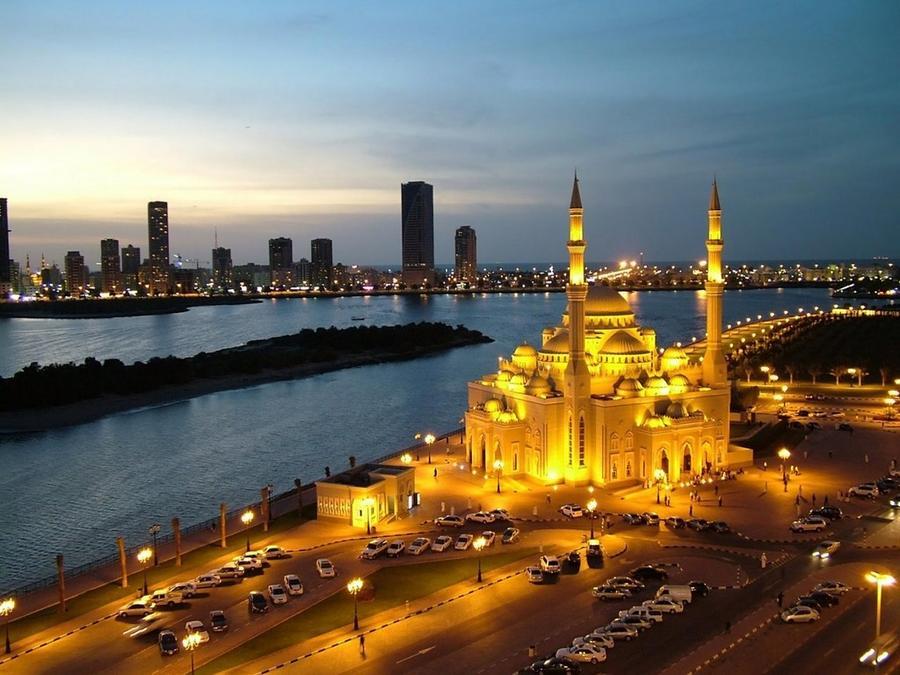 1. Объединенные Арабские Эмираты ОАЭ подойдет для любителей размеренного отдыха. Перелет из Москвы в