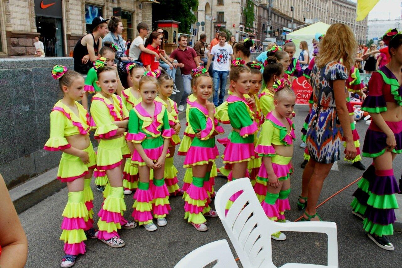 Юные участницы спортивного фестиваля
