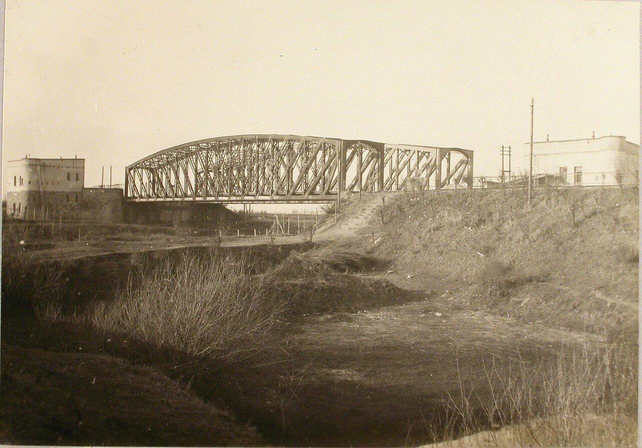 88. Вид моста через реку Млечку, заминированного подрывной командой бригады. Галиция, ст. Тарнов