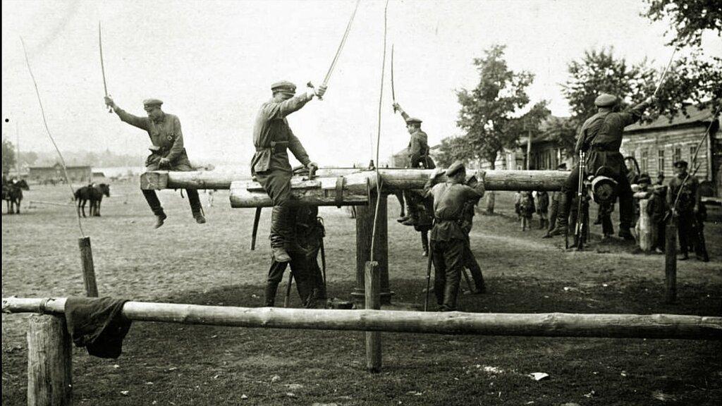 Школа кавалеристов.