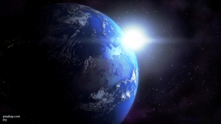 Полет над ночной Землей соскоростью 8 км/с. Фото сМКС
