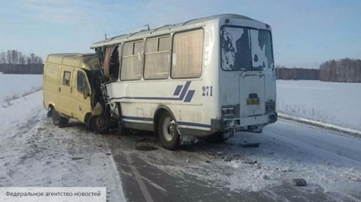 4 человека погибли вДТП сучастием автобуса вОмской области