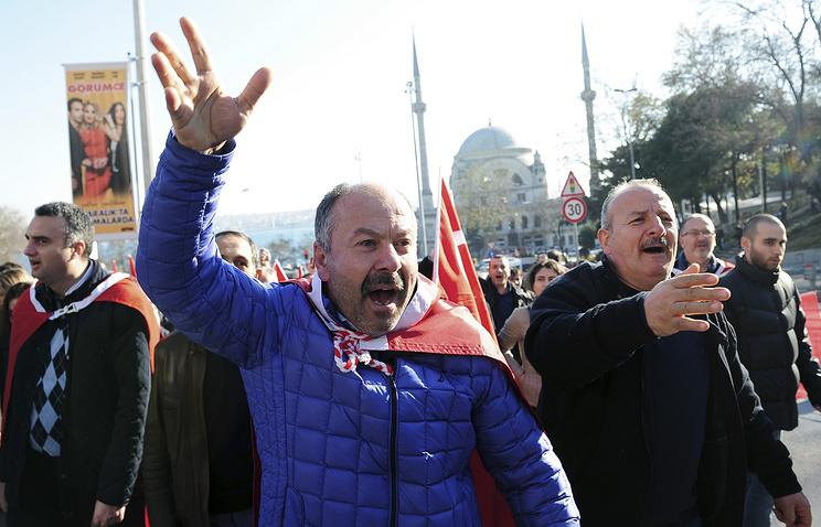 ВСтамбуле ночью прошли антироссийские митинги
