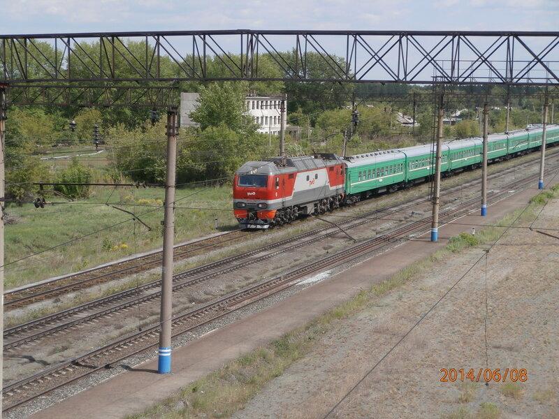 Электровоз ЭП2К-116 с поездом № 305 (1)
