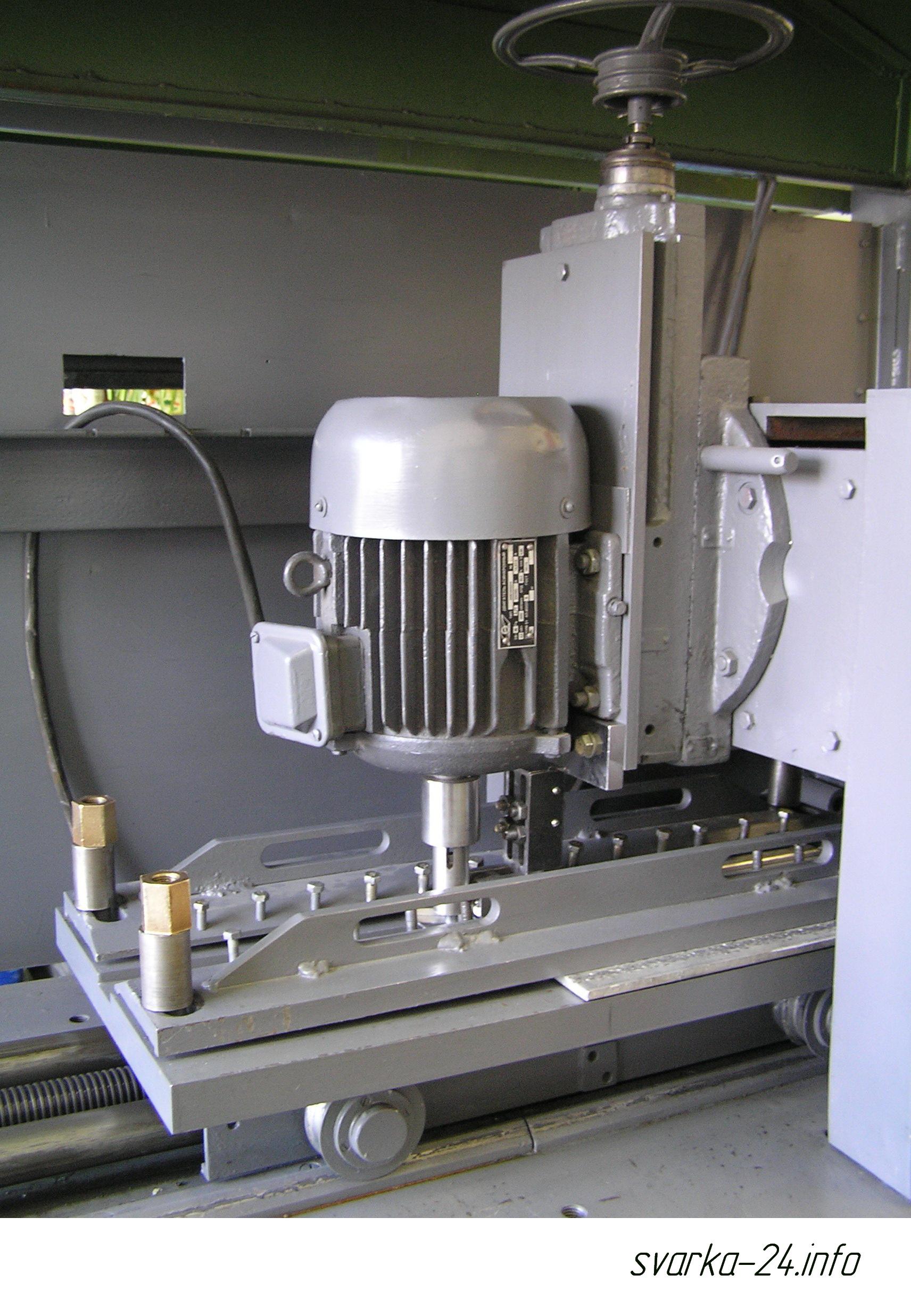 установка для сварки трением с перемешиванием