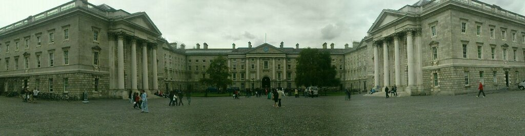 Trinity_College,_Dublin,_Ireland_(Front_Arch_Panorama).jpg