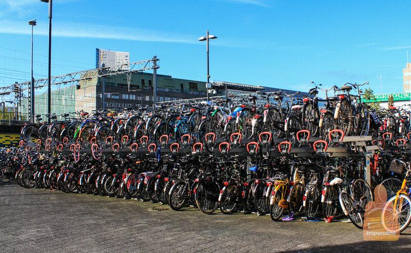 В Эйндховене огромное количество велосипедистов