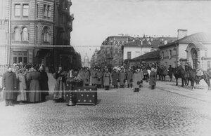 Молебен лейб-гвардии 1-й артиллерийской бригады у Спасо-Преображенского собора.