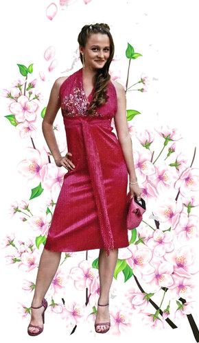 Платье с отделкой гипюром и вышивкой стразами и стеклярусом.