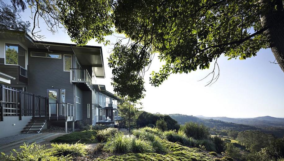 Дом на сваях Maleny House от Bark Design Architects