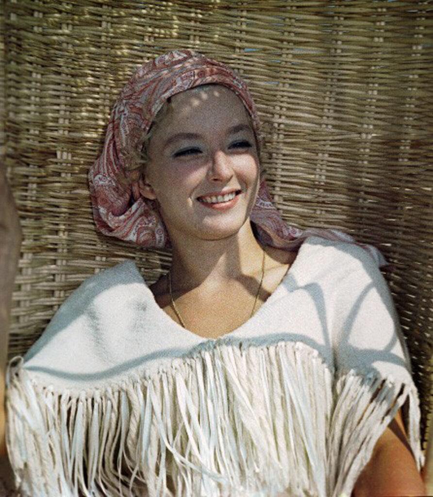 Фото советских актрис в купальнике 22 фотография