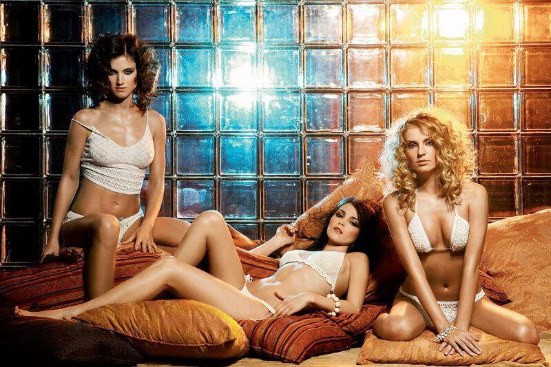 Секси девушки из группы фабрика. обнаженные и следующее фото - Модели в пок