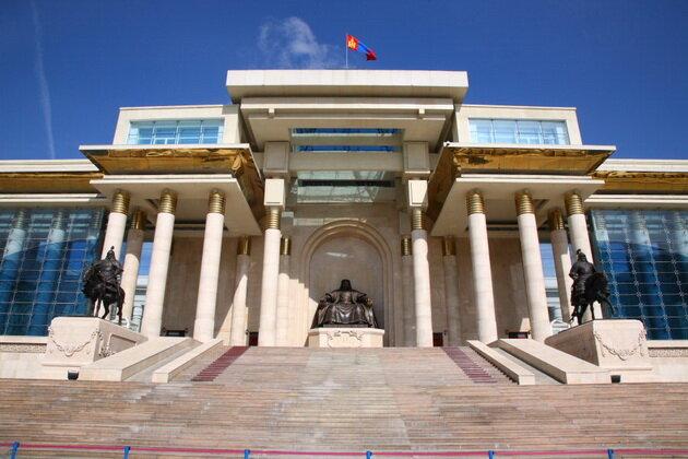 Площадь Сухэ-Батора. Улан-Батор, Монголия