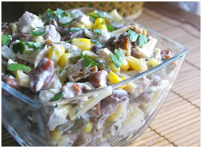 салат с курицей,фасолью и сыром фото рецепт