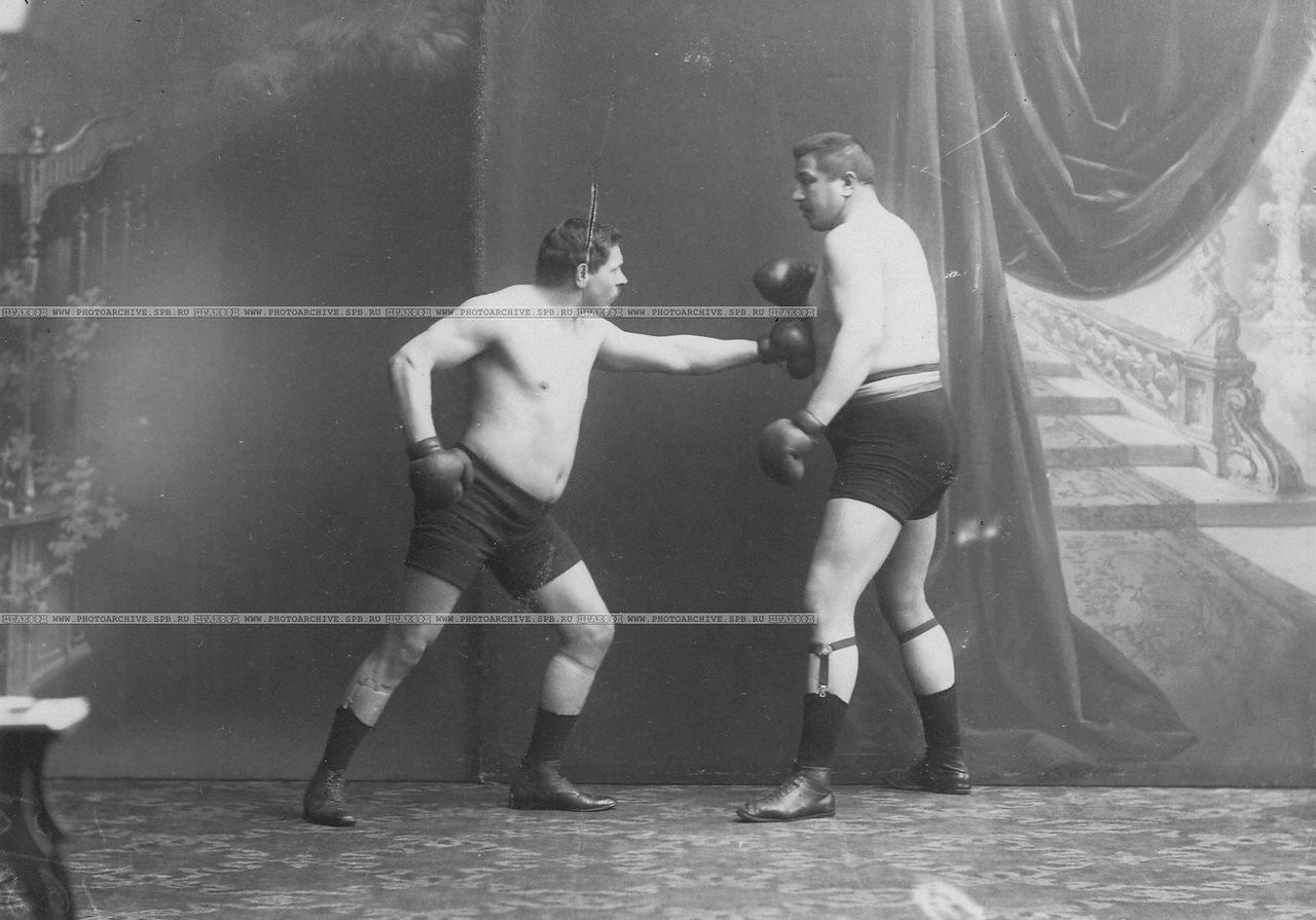 Руки древнегреческие боксеры