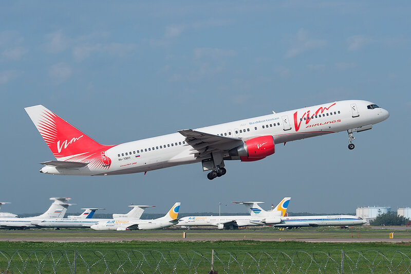 Boeing 757-230 (RA-73011) Vim Airlines DSC2786