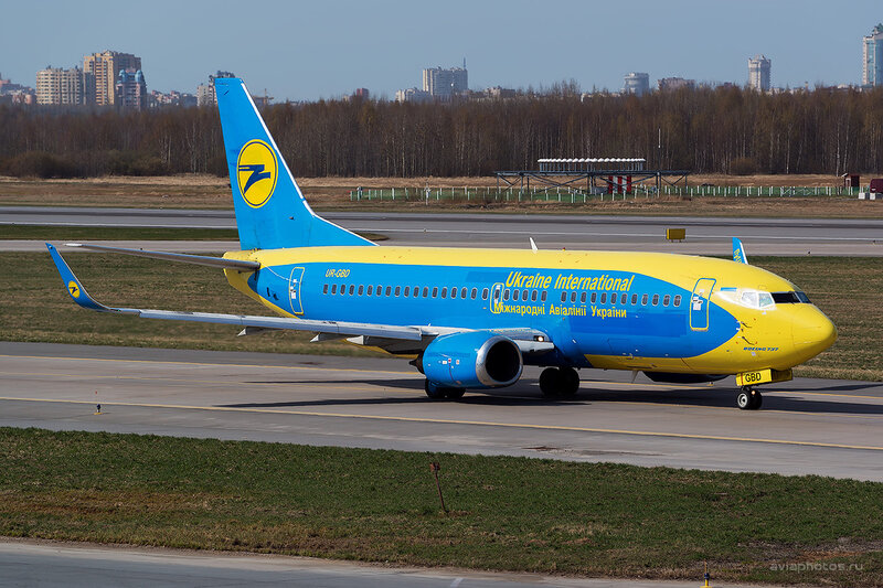 Boeing 737-36Q (UR-GBD) Ukraine International Airlines - UIA D804150