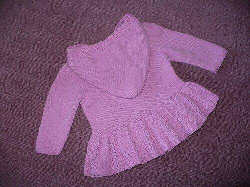 Pembe Kapşonlu bebek hırkası modeli