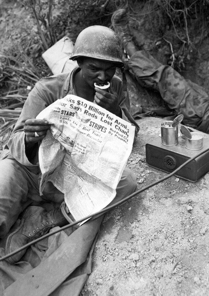 WAR & CONFLICT BOOKERA: KOREAN WAR/TROOPS