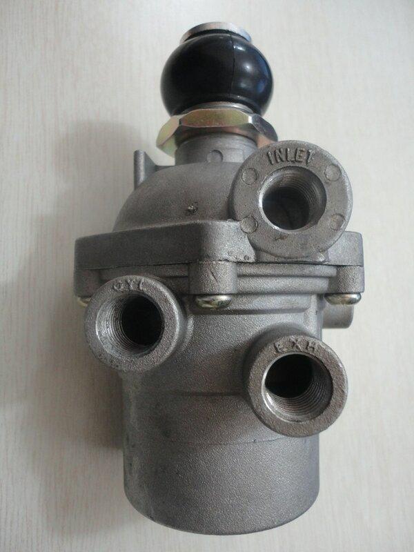 Клапан пневматический 7545-1108900
