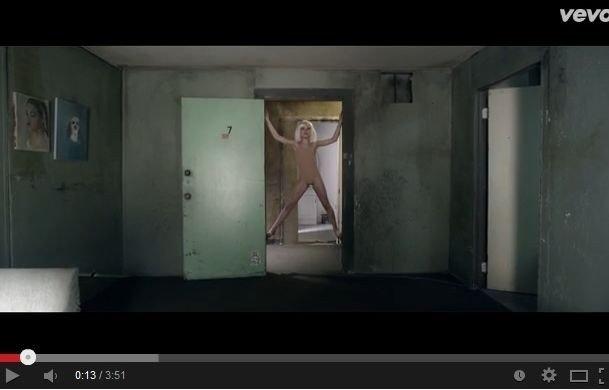 video-klip-s-11-letnej-tancovschicej-stal-sensaciej-64802105.jpg