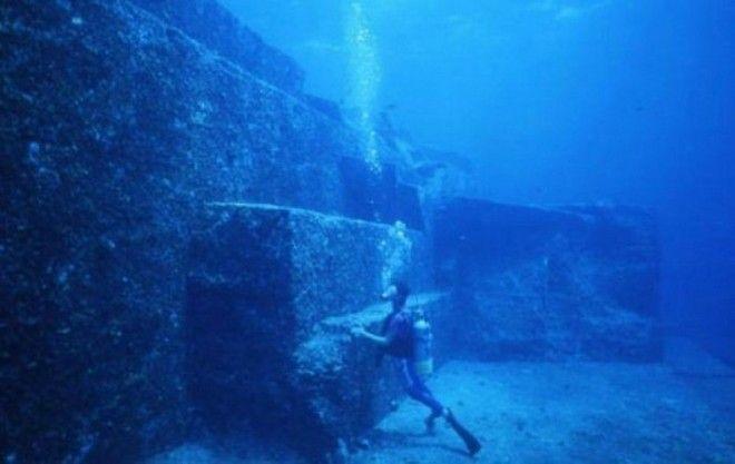 Японская Атлантида Йонагуни. Подобно Бимини-роуд, Йонагуни является потрясающей находкой под водой.