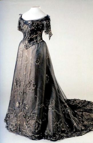 Императрица фото платья
