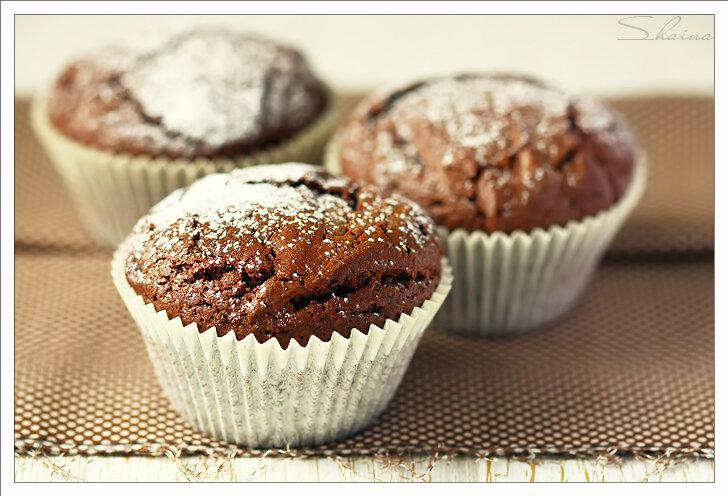 Шоколадное пирожное с маскарпоне и шоколадом