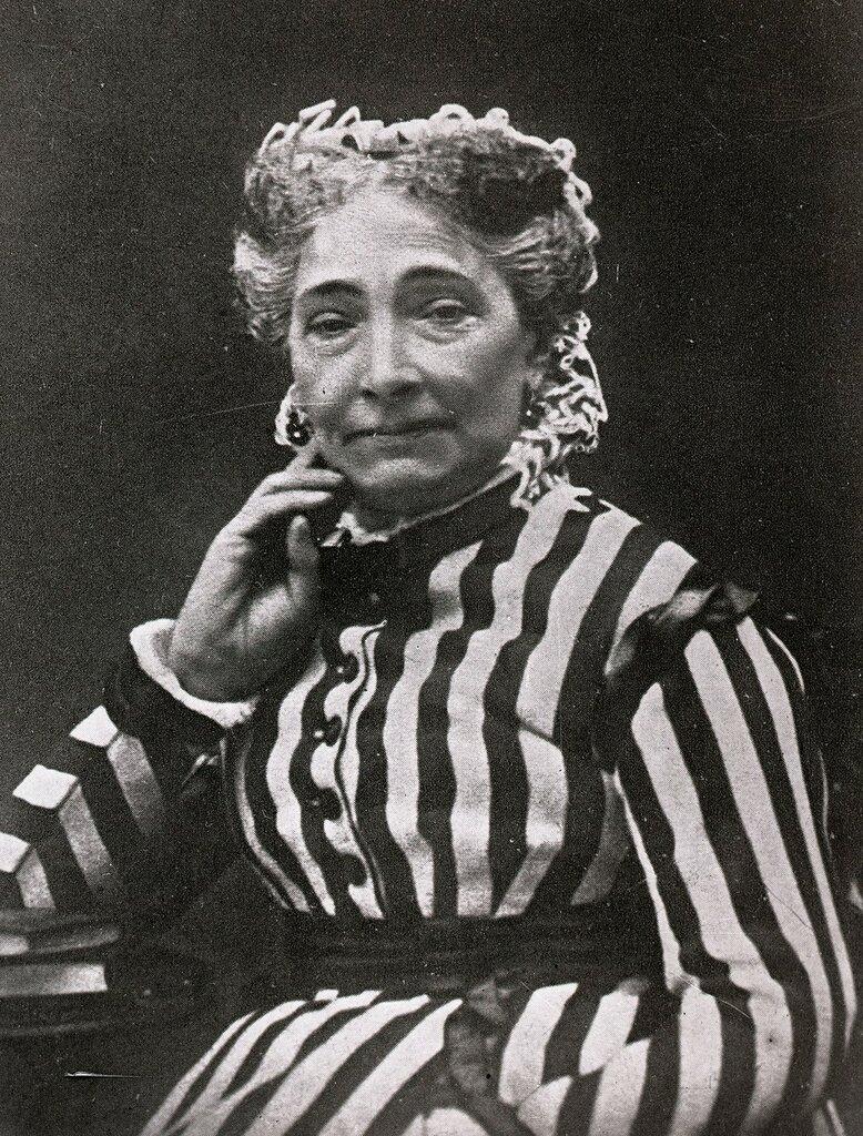 Мари Варлей, бабушка К.С.Станиславского, французская актриса.