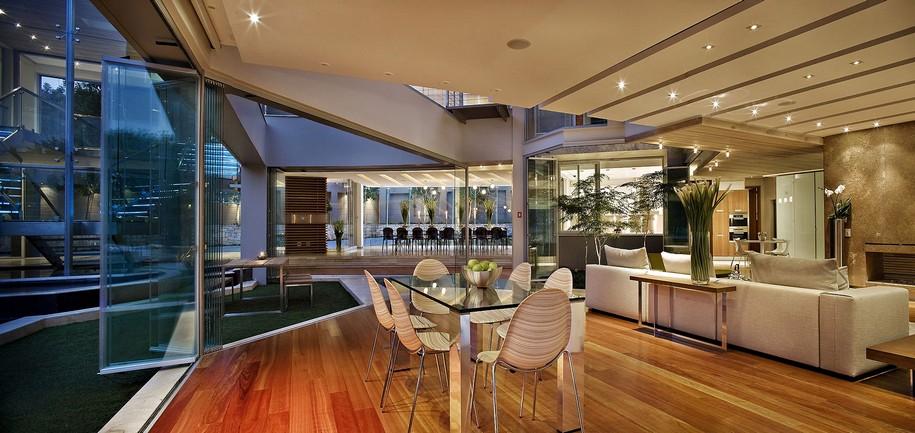 Потрясающий Glass House в Йоханнесбурге