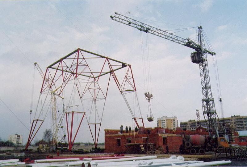 Начало строительства телебашни, 2002. Фото из архива ЗМК